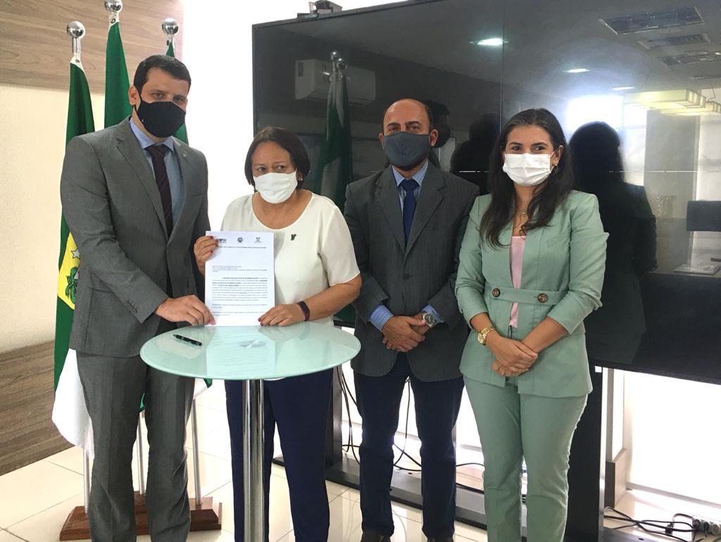 Defensoria Pública do Estado, MPRN e Governo do Estado assinam acordo que permitirá nomeação de novos defensores públicos | Defensoria Pública do Estado do Rio Grande do Norte
